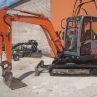 mini-ekskavator-hitachi-zx30