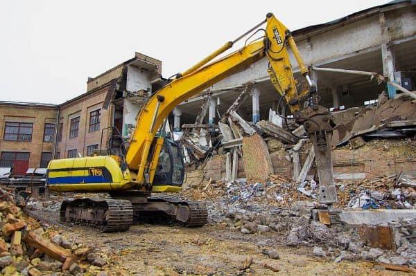 Что нужно знать при демонтаже здания